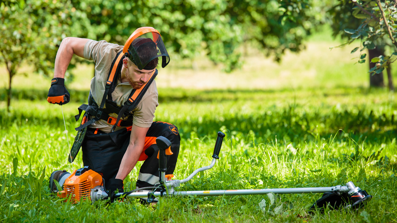 How to choose a brushcutter ? — Villager Tools